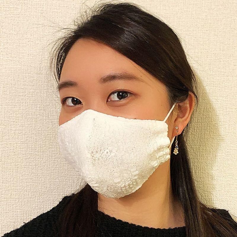 白マスク:総レース立体布マスク